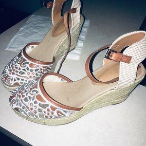 CATO Sandals!